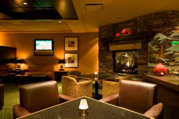 Banff-Park-Lodge-Lounge-Lobby-neu